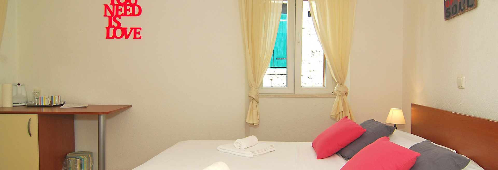 1 Bedrooms, Room, Old town vacation rental, First Floor, 1 Bathrooms, Listing ID 1014, Trogir, Dalmatia, Croatia,