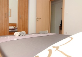 1 Bedrooms, Apartment, Beachfront vacation rental, 1 Bathrooms, Listing ID 1036, Kaštel Štafilić, Dalmatia, Croatia,